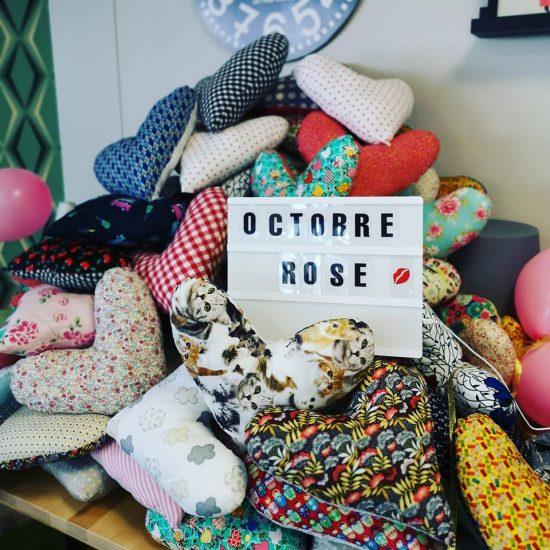 octobre-rose-coussin-coeur