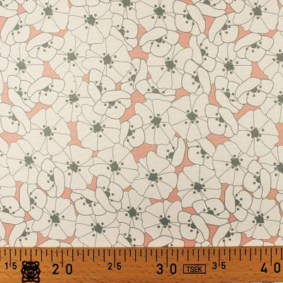 la-panda-love-fabrics-impermeable-rose-fleur-blanche-gris
