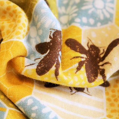 la-panda-love-fabrics-double-gaze-bio-coton-abeille-alveole-jaune-bees-ruche