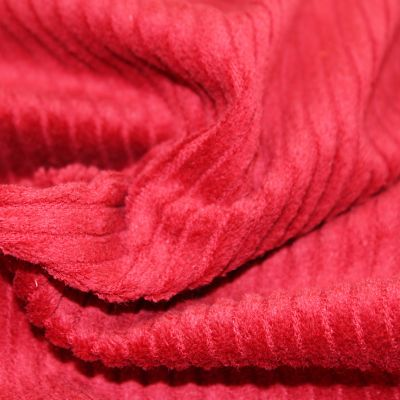 velours-grosses-cotes-rouge-hiver