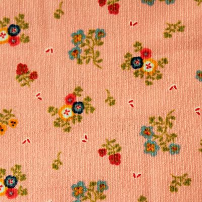 velours-milleraie-rose-fleurs-poudre