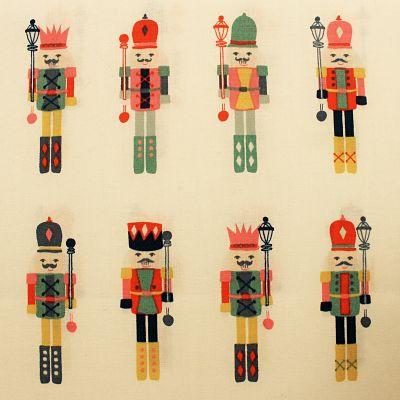 art-gallery-fabrics-coton-casse-noisette-noel-bonhomme