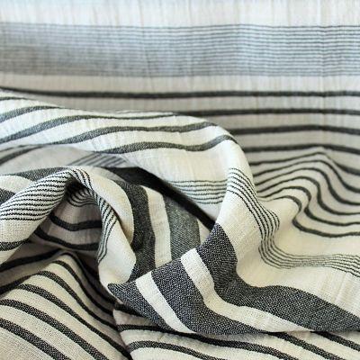 katia-panama-rayure-noir-blanc-viscose